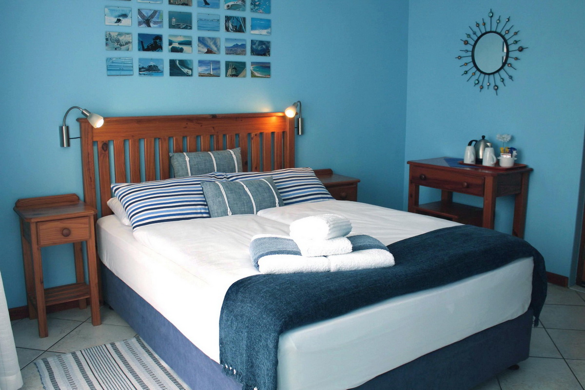 Berlin Blue - Mossel Bay - Avenues Guesthouse